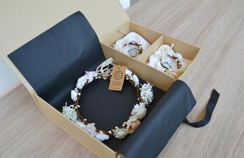 Coffret contenant couronne Paula et deux bracelets Paula